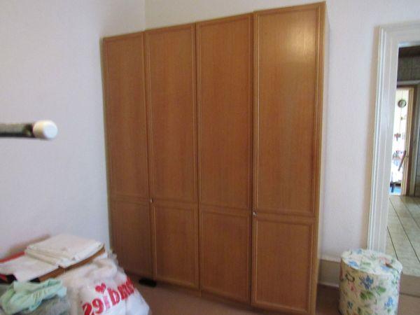 1Schlafzimmer Kleide Schrank 1 Nachtisch