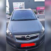 Opel Zafira B Edition Bauj