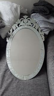 Spiegel oval für Bad oder