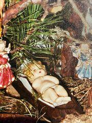 Jesuskind aus Wachs mit Locken