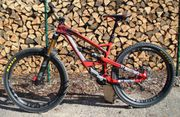 YT-Industries Capra CF Pro Race