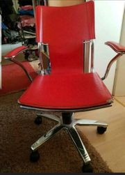 roter Drehstuhl Bürostuhl Schreibtischstuhl