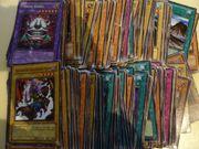 200 Yu-Gi-Oh Karten Überraschungspaket Zubehör