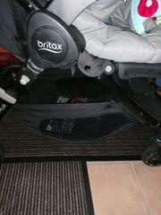 Britax b Motion