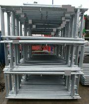 Fassadengerüst mit 3m Stahlboden 187