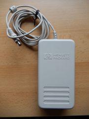 verschiedene Adapter oder Netzgeräte 19