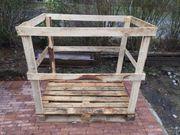 Leere Holz-Stapelbox für Brennholz 1
