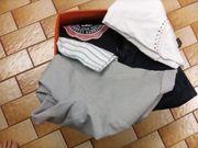 Damenbekleidung 21 Teile in orangener