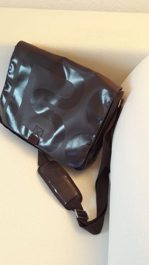 BREE Umhängetasche in Nürnberg Taschen, Koffer