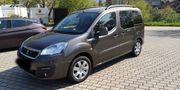 Peugeot Partner Teepe Allure 120PS