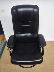 Schwarzer Sessel zum Entspannen