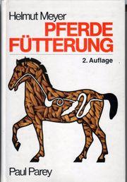 Helmut Meyer - Pferdefütterung