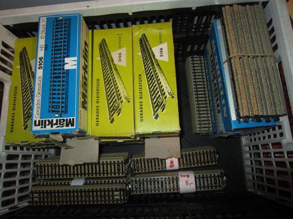 Märklin-HO 50 Stück gerade M-Gleise 180mm Nr 5106 sehr Guter Zustand