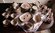 Ess-Geschirr und Kaffee-Geschirr Steingut komplett