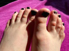 Große breite und tolle Füße: Kleinanzeigen aus Wien - Rubrik Erotische Massagen