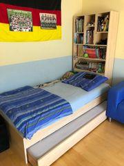 2 Kinderbetten mit je Schrank