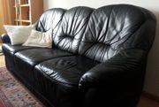 Hochwertige Couchgarnitur Leder zu verschenken