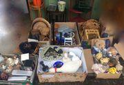 Mehrere Kisten Flohmarkttrödel zu verschenken