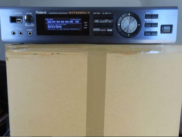 Roland INTEGRA 7 Synthesizer