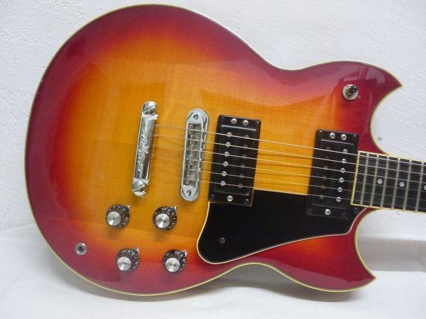 E-Gitarre Yamaha SG1500