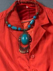 wunderschöne asiatische Halskette