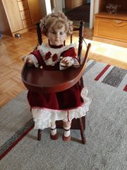 Fiba Puppe mit Stuhl 80