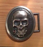 Drachenfels Design Ledergürtel mit Totenkopfgürtelschliesse