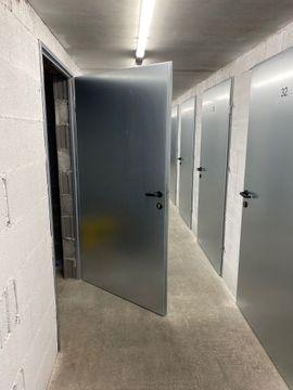 Stahltüren Hörmann ZK mit Eckzarge: Kleinanzeigen aus Dornbirn - Rubrik Türen, Zargen, Tore, Alarmanlagen