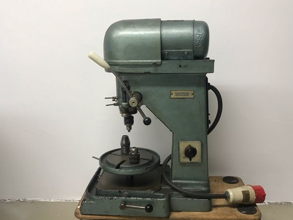 Matra JBM Bohrmaschine