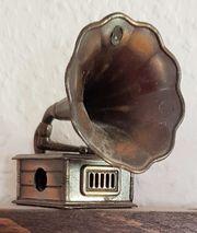 Miniatur-Grammophon aus Kupfer - auch Bleistiftspitzer