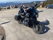 Seitenkoffer Harley Davidson FLHX Street