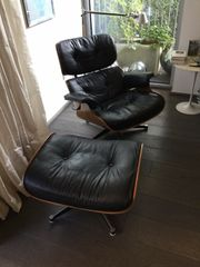 Designer charles eames lounge chair
