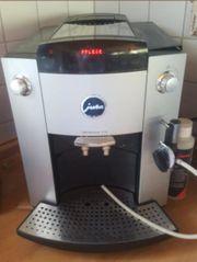 Jura Kaffeevollautomat mit Profi-Auto-Cappucinodüse