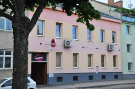 Bars, Clubs & Erotikwohnung - Kontakt Zentrum Laufhaus in Wien