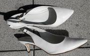 weiße offene Schuhe Gr 38