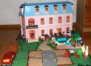 Playmobil Romantisches Puppenhaus mit viel
