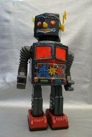 VERY RARE VINTAGE RADAR ROBOT