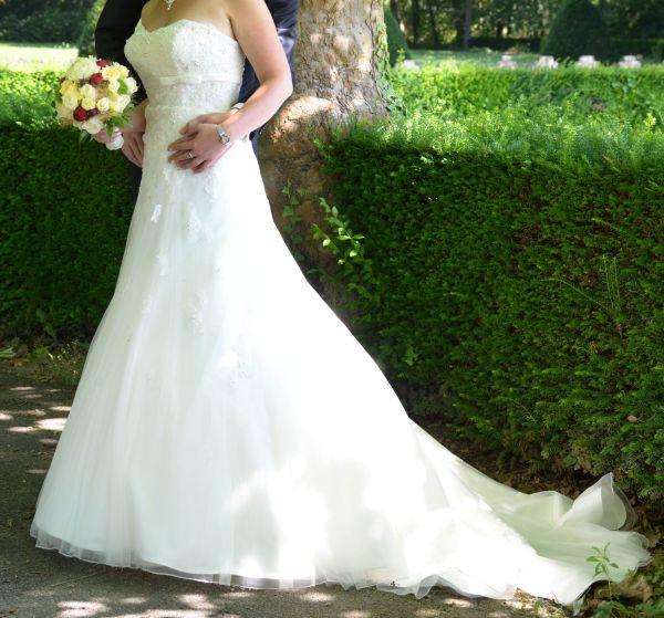 Brautkleid von Sincerity Größe 40