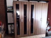 Kleiderschrank mit 5 Türen