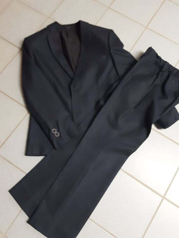 Anzug und Hemd Größe 146
