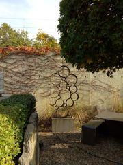 Kunstobjekt aus Cortenstahl-Kreisen