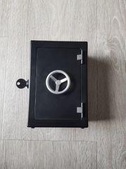 Mini Safe