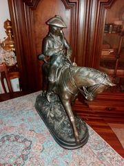 Sehr schöne alte Skulptur Figur