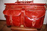 Grosse Reisetasche aus Echtleder