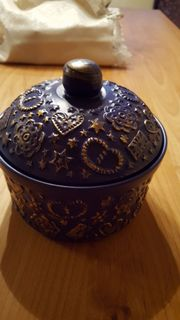 Neue Keramik mit Deckel blau-gold