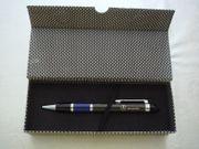 Hochwertiger Carbon Drehkugelschreiber blau anthrazit
