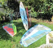 Surfausrüstung mit zwei kompletten Segeln