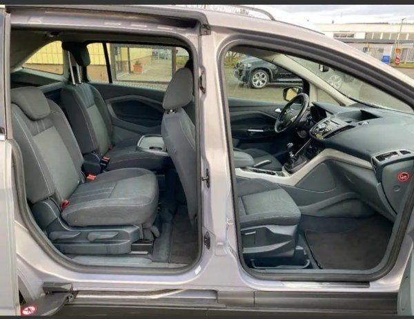 Ford Grand C-Max 7 Sitzen