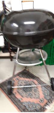 1 Kugel-Holzkohlen-Grill mit Wagen 65x75cm