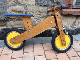 Kinder-Fahrräder - Massives Holz-Laufrad der Marke Pedo-Bike